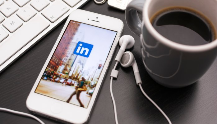 5 Reasons to Create a LinkedIn Account for Your B2B Company Today