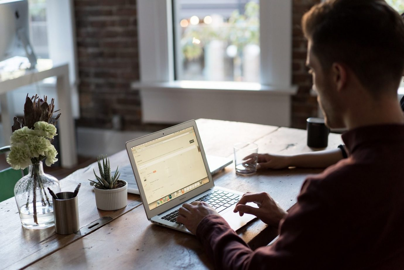 3 Essentials for Starting up Your Own Business
