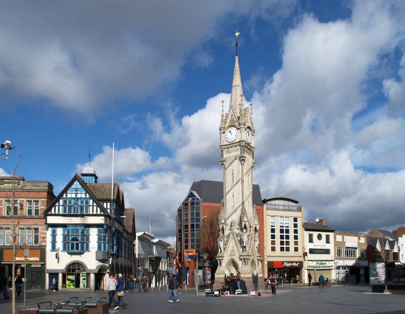 Much of Leicester's commerce lies in the engineering, retail, and food and drink sectors